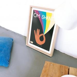 Cuadro SHANTI OM fondo negro x Vik Arrieta -  40x50 cm