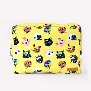 Gatitos Yellow Laptop Case